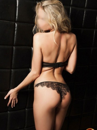 Sex ad by escort Emily (22) in Brasov - Fotografie: 5