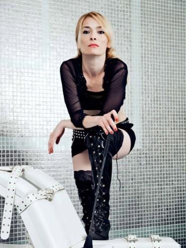 Sex ad by kinky mistress escort QueenofBerlin (38) in Timisoara - Fotografie: 3